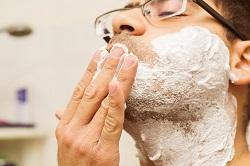 Meno rasature ma barbe più curate