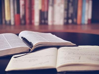 I libri di testo si prenotano al Carrefour