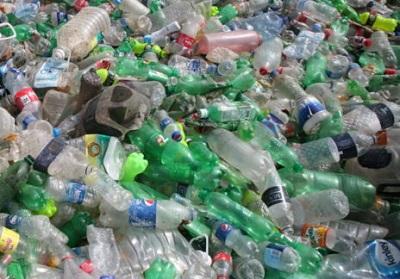 Rimediare a un mare di plastica