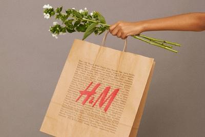 H&M Italia si impegna a ridurre i packaging e sostiene il WWF