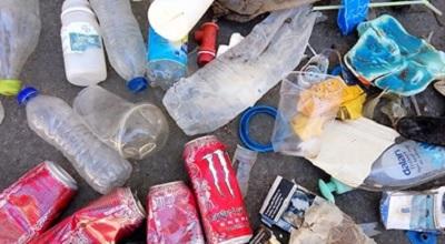 È il turismo il principale responsabile dell'inquinamento delle spiagge del Mediterraneo