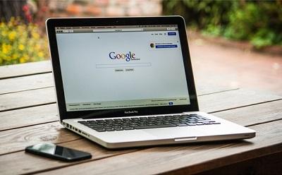 Un europeo su due cerca informazioni sanitarie online