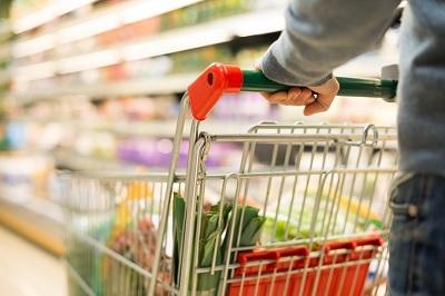 Istat, giù reddito e consumi, sale la propensione al risparmio