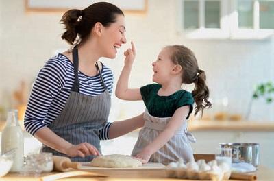 Dispense fornite per i dolci in casa