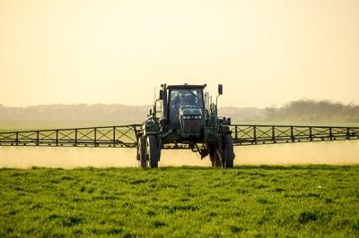 Pesticidi, il rapporto Efsa 2019 sui residui negli alimenti