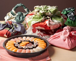 Sushi Daily, nuovi piatti avvolti nell'elegante Furoshiki giapponese